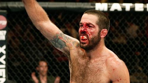 Дональд Серроне vs Мэтт Браун на UFC 206