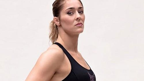 2444647dd3fec8a92c83cda35a720733 - Розыгрыш женского титула Bellator в полулёгком весе откладывается на потом