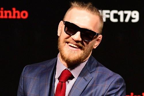 Алистар Оверим уверен, что Макгрегор преувеличивает свои заработки в UFC