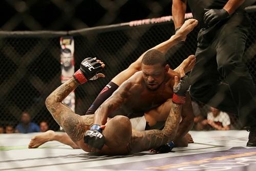Зарплаты участников UFC Fight Night 94