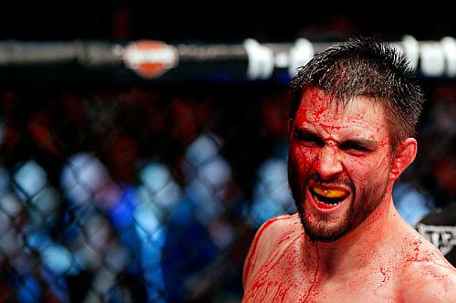 UFC Fight Night 67: возвращение «Прирожденного убийцы»