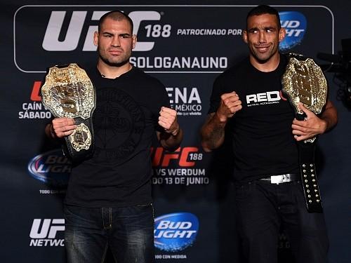 Реванш Веласкес vs Вердум планируют провести в декабре на UFC 207