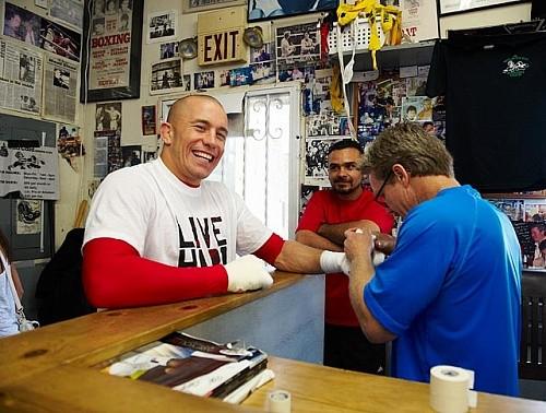 Сен-Пьер договорился с UFC только благодаря Фредди Роучу