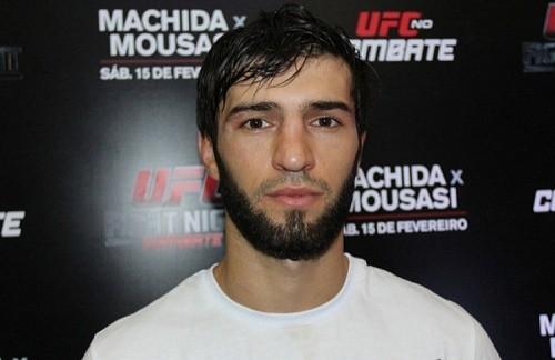 Зубайра Тухугов дерётся в Бразилии 14 мая против местного бойца