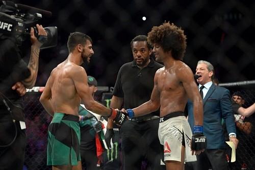 Выплаты Reebok участникам UFC Fight Night 92