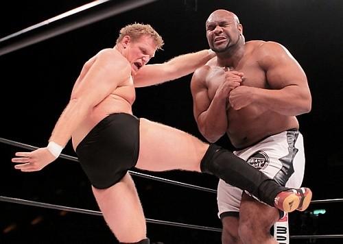 Джоша Барнетта не зовут в WWE, потому что он слишком хорош