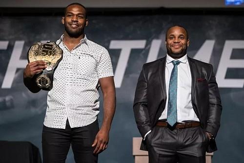 71255d7fd4913146e2bf4720c6db793b - На днях UFC объявит о реванше Кормье и Джонса