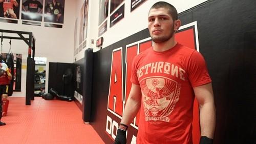 За 6 недель до боя с Фергюсоном Нурмагомедов весит 83 кг