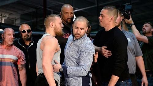 После метания бутылок в UFC решили сократить свиты Макгрегора и Диасу