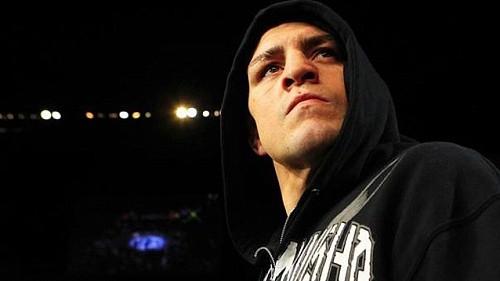 Ник Диас возглавит UFC 209, Сакураба в зале славы UFC, Мелвин Гиллард в подпольных боях и другие слухи дня