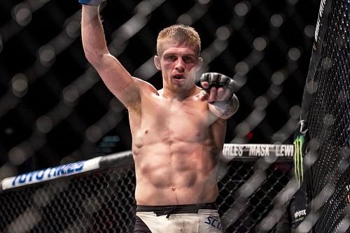 987dd1ad22048cc9a872740b62329f28 - UFC 201: У Скоггинса проблемы с весом, бой с Макколом не состоится