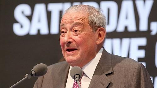 Боб Арум: «Макгрегор получил боксерскую лицензию, чтобы надавить на UFC»