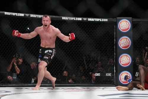 Суд разрешил Александру Шлеменко драться в США