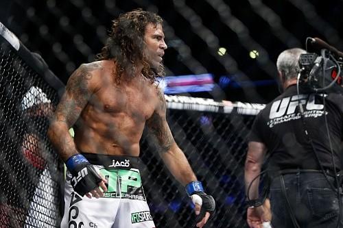 Клэй Гуида vs Брайан Ортега на UFC 199