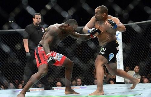 Реванш Кормье - Джонсон станет мейн ивентом UFC 206
