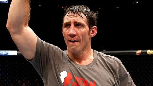 Тим Кеннеди – Рашад Эванс на нью-йоркском UFC 205